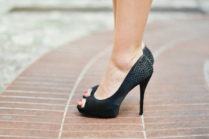 why-women-love-shoes