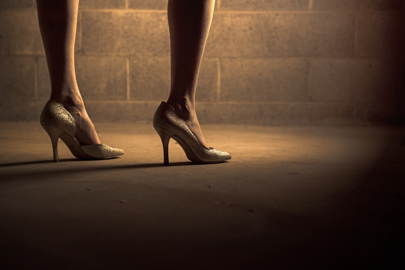 women-love-shoes
