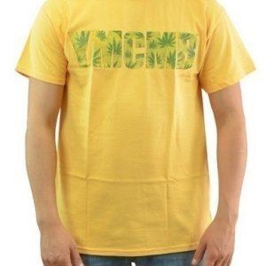 Wholesale Urban Clothing | Streetwear Wholesale Distributor